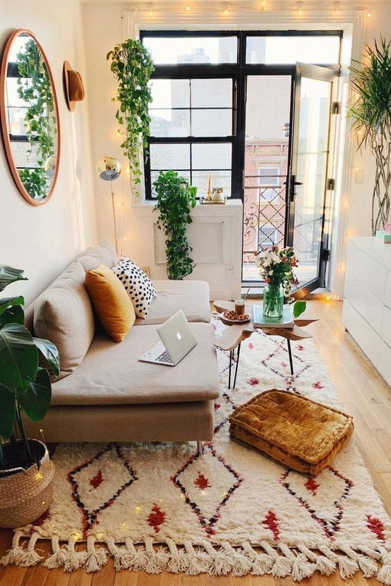 Sofá simples para sala pequena