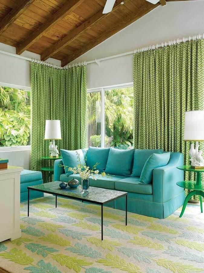 sala de estar clássica decorada na cor azul e verde Foto Pinterest