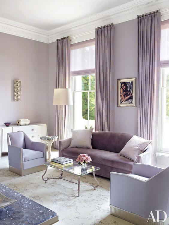 Sala de estar na cor lavanda