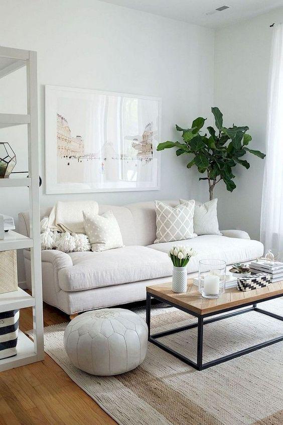 Sofá pequeno e simples para sala clean