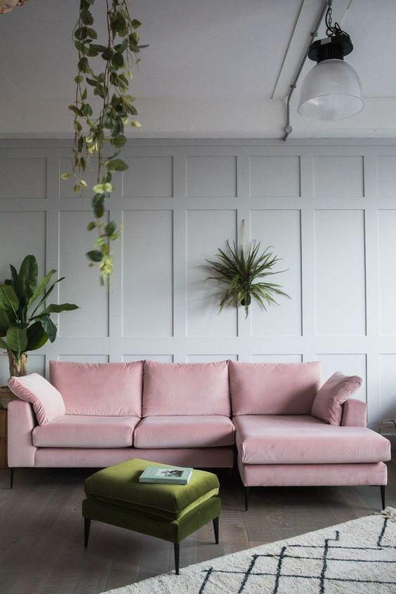 Sofá simples de canto cor de rosa