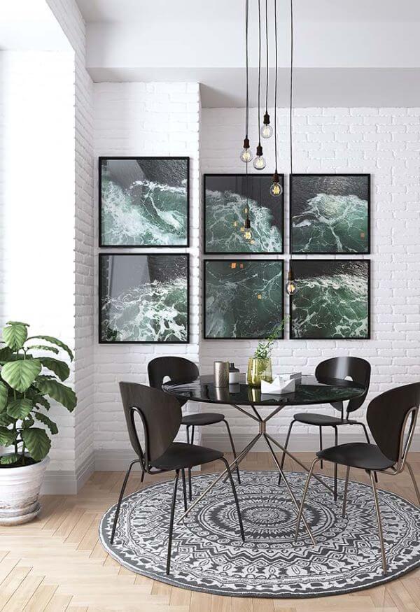 Sala de jantar com tapete escandinavo