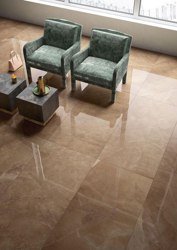 Sala de estar com porcelanato amadeirado chique