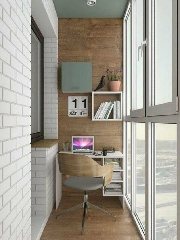 varanda pequena decorada com home office simples Foto Pinterest