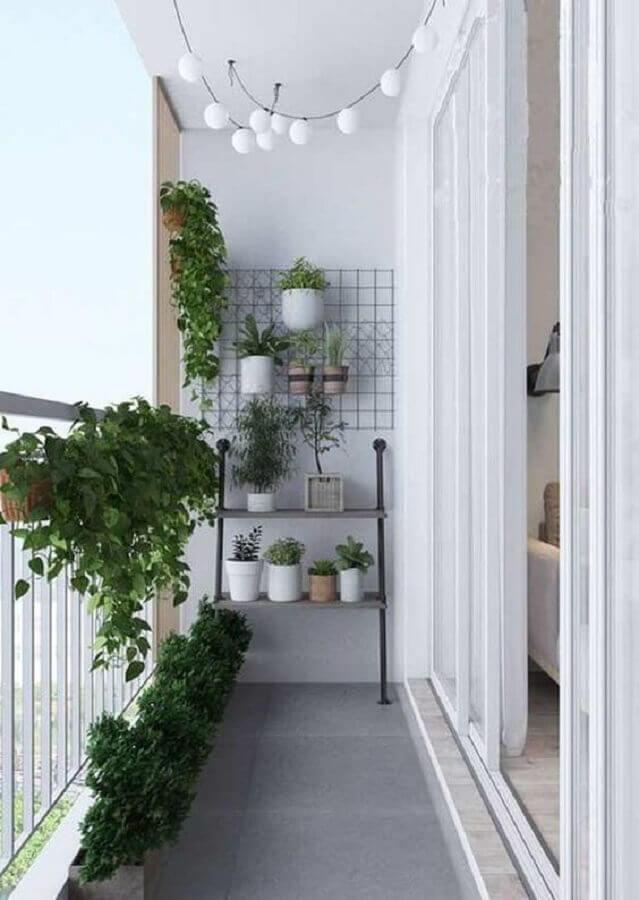 vasos de plantas para decoração de varanda pequena e simples toda branca Foto Iaza