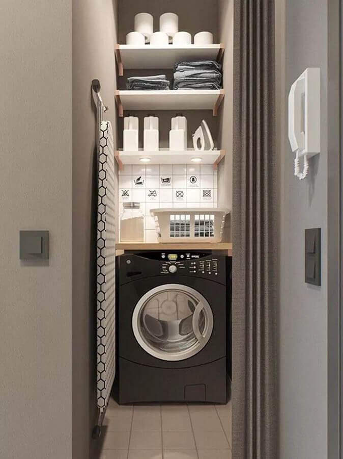 Cor cinza para decoração com prateleira para lavanderia pequena
