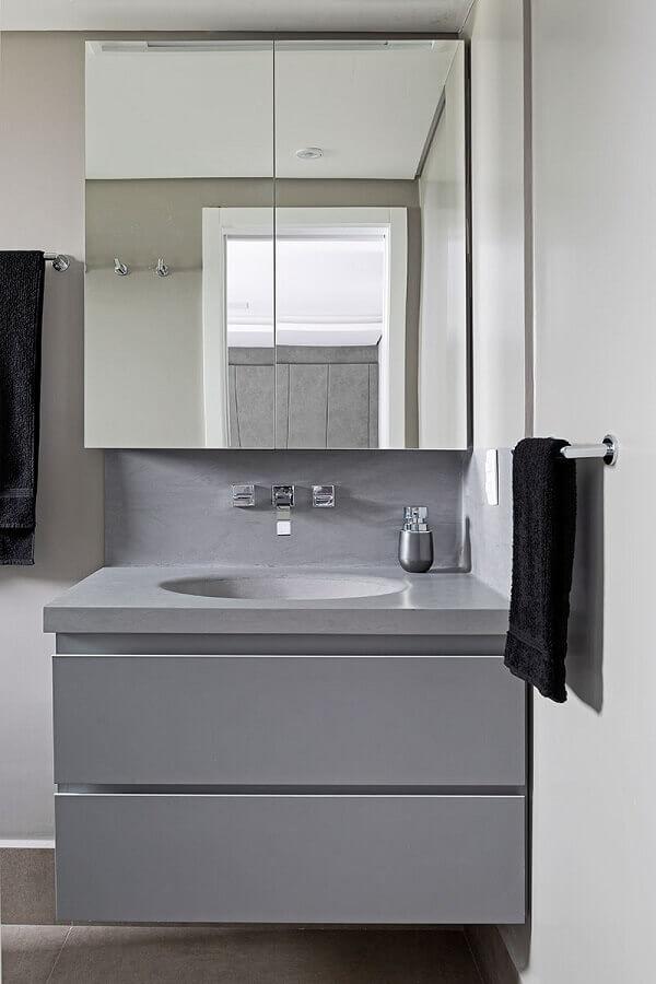 Decoração com armário de banheiro pequeno cinza suspenso
