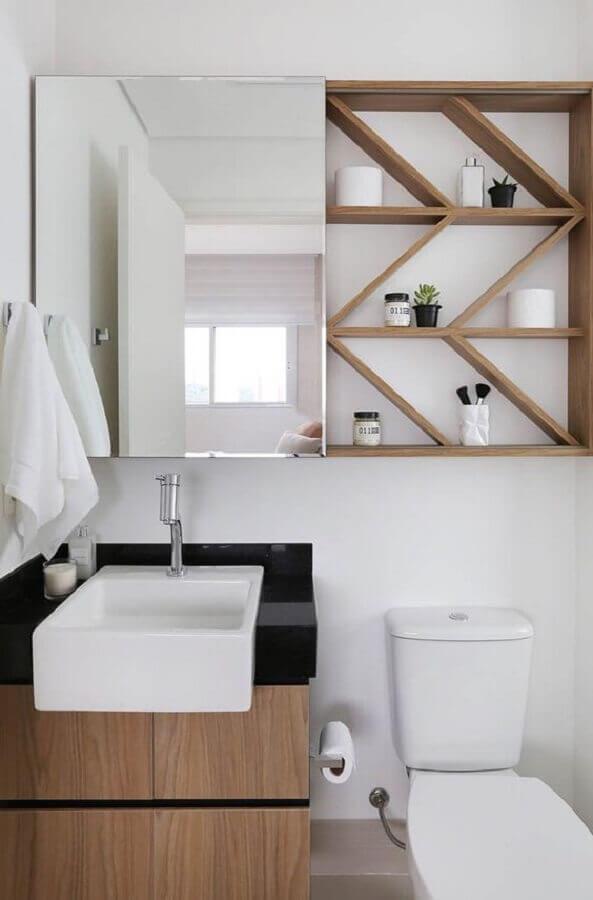 Decoração com espelheira para banheiro pequeno