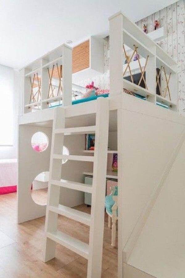 A cama mezanino solteiro é perfeito para otimizar espaços no dormitório