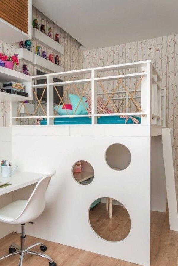 A cama solteiro mezanino para quarto infantil permite que a criança tenha mais espaço no ambiente
