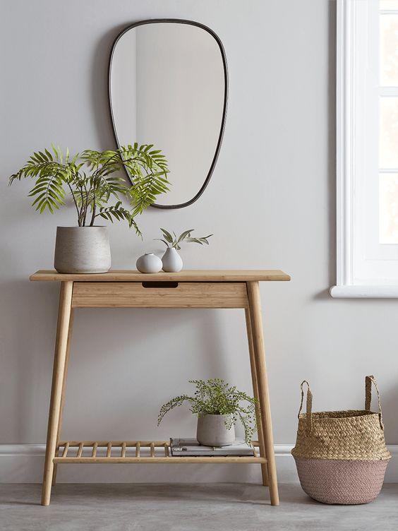Aparador retro madeira pequena