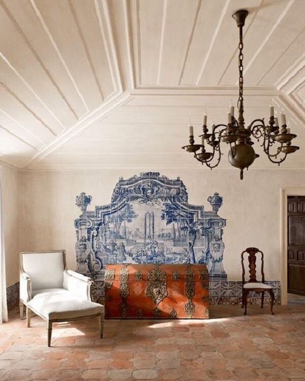 Azulejos antigos formam uma linda paisagem na parede