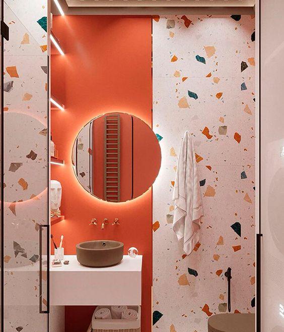 Banheiro cor coral com granilite