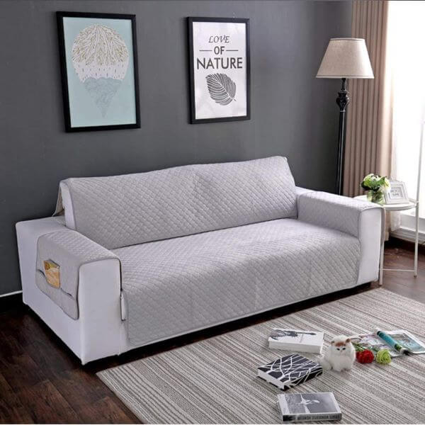 Capa de sofá impermeável na cor cinza