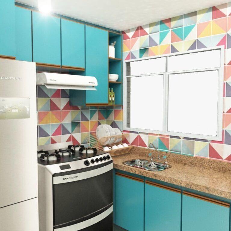 Cozinha com azulejo retro colorido