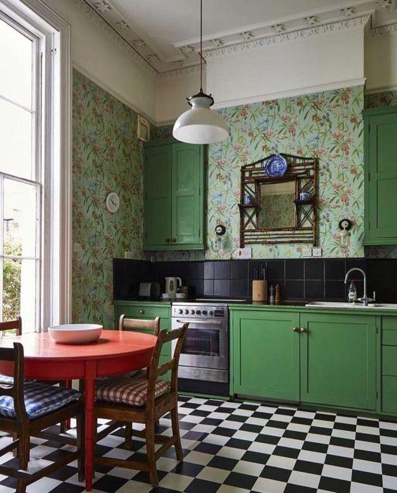 Cozinha retro com revestimento verde