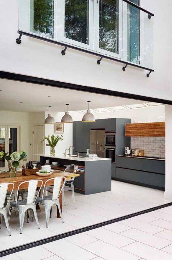 Decoração com cores de móveis planejados cinza