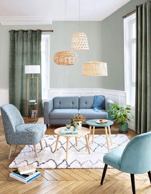 Deixe os móveis pé palito invadirem sua decoração