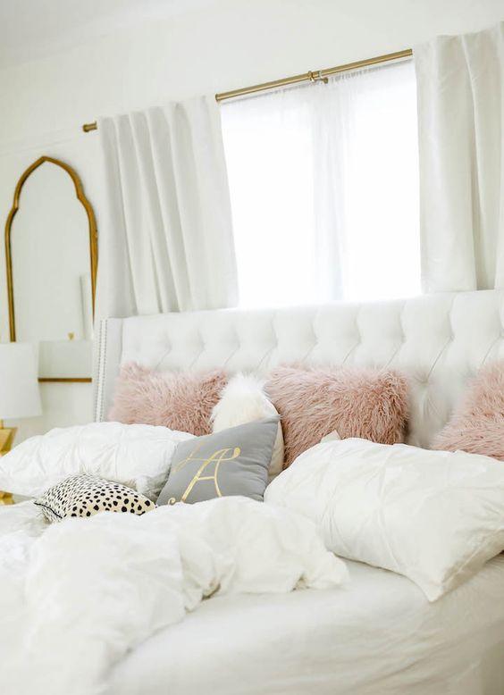 Escolha os melhores tecidos para almofada de quarto