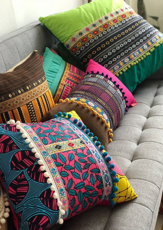Escolher os melhores tipos de tecido para almofada colorida
