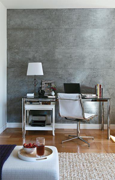 Escritorio com papel de parede rustico concreto