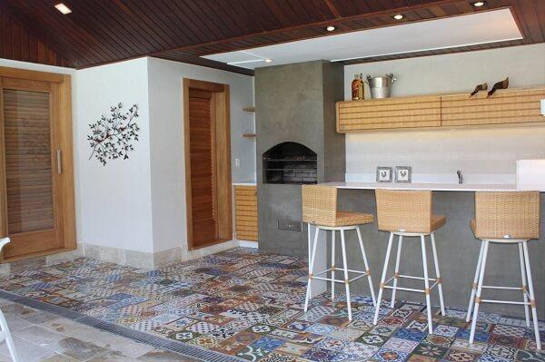 Inove na decoração e opte pelos pisos e azulejos antigos