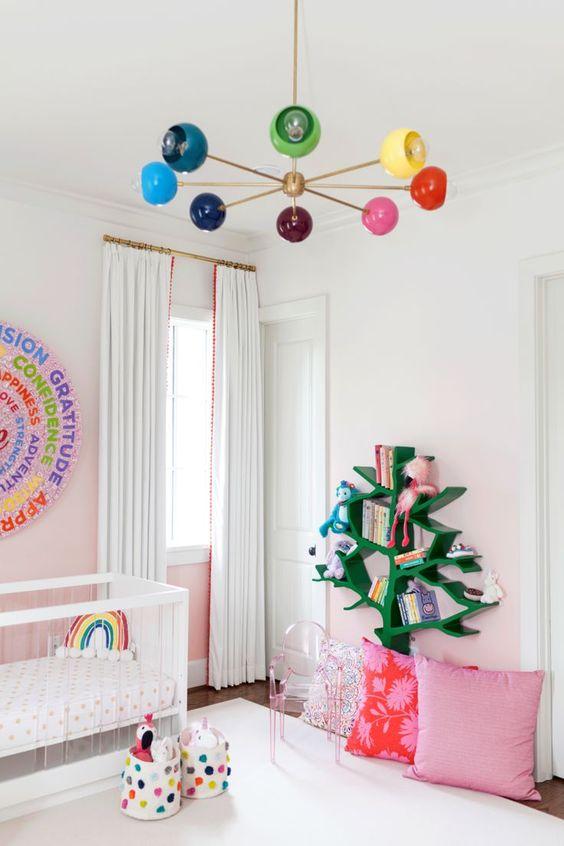 Lustre infantil colorido para quarto infantil