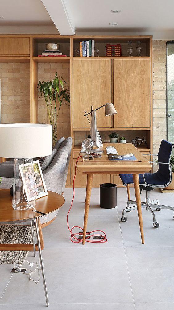 Móveis de madeira planejados