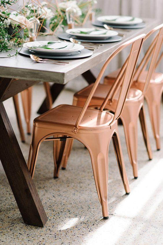 Mesa de jantar moderna com cadeira de ferro cobre