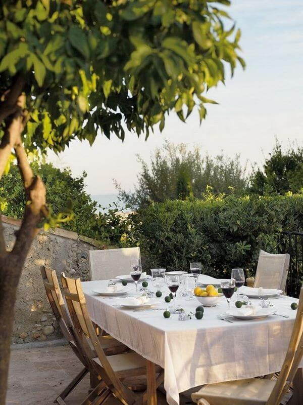 Mesa de jantar para área externa