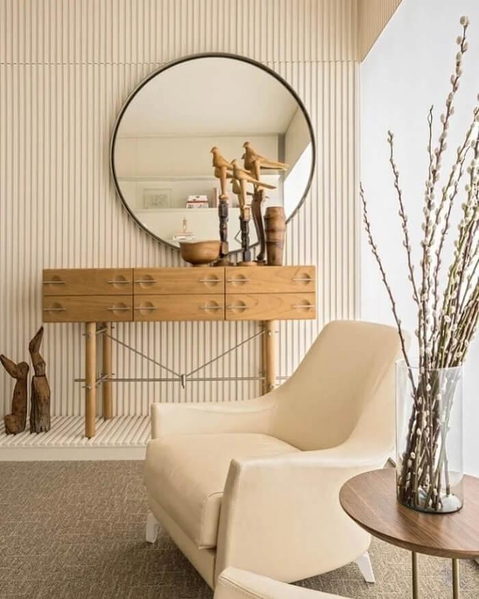 O estilo japandi prioriza o uso de matérias-primas naturais como madeira, bambu e vime