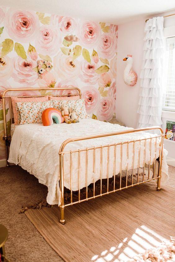 Papel de parede floral cor de rosa