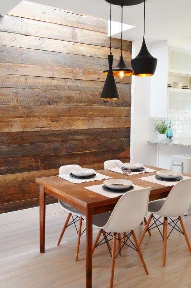 Papel de parede rustico de madeira na sala de estar