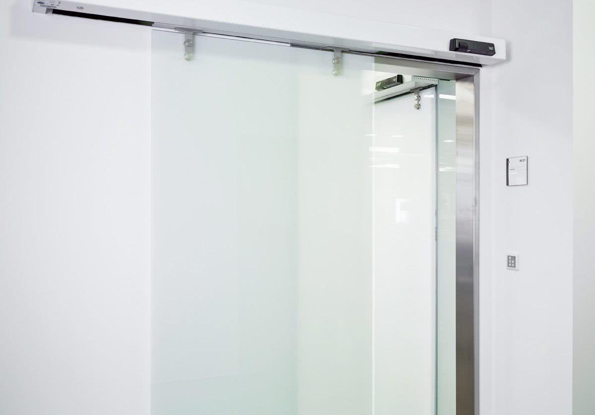 Porta de correr para sala de vidro jateado