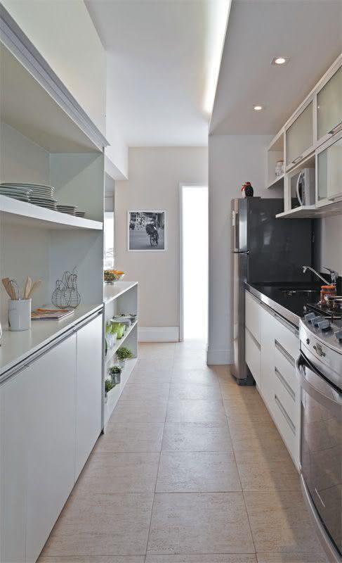 Projeto clean com cerâmica para cozinha