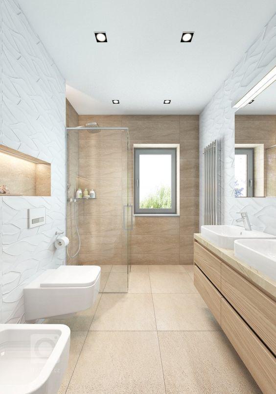 Revestimento bege no banheiro
