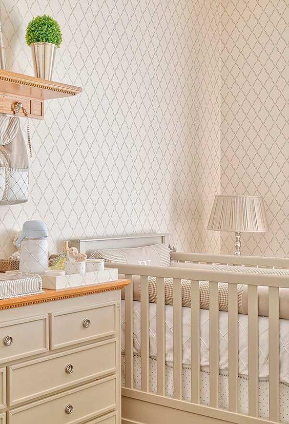 Revestimento bege para quarto de bebê