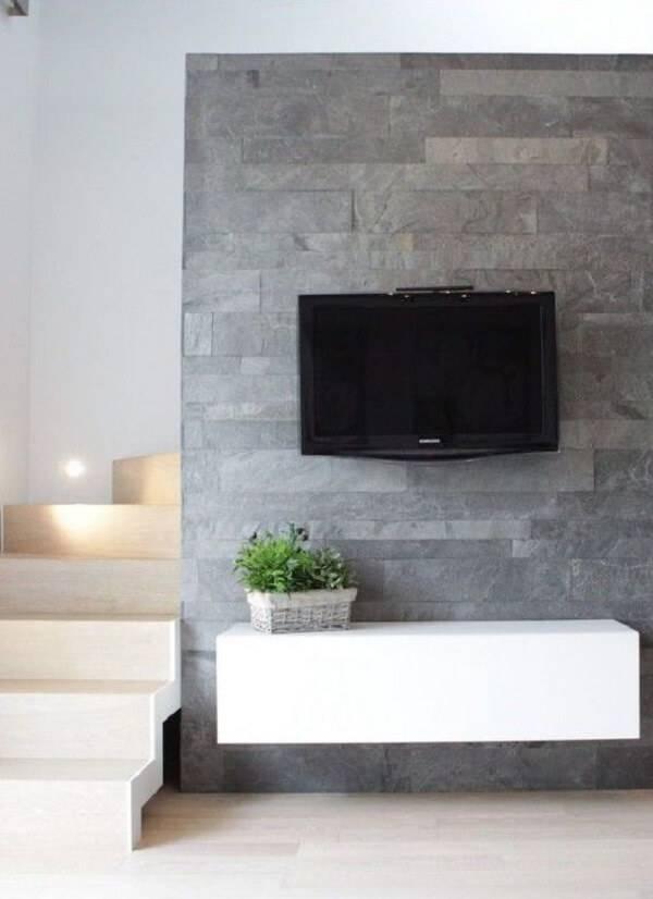 Revestimento de pedra para parede miracema decora a estrutura do painel de TV