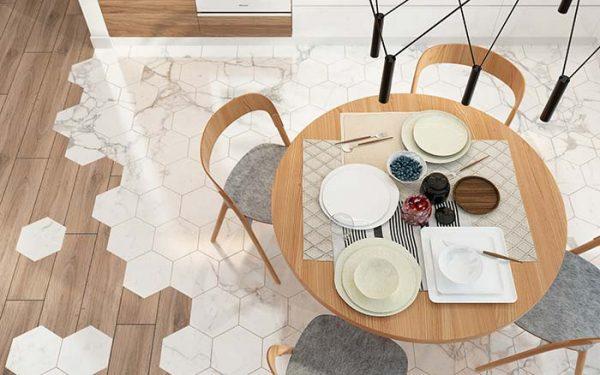 Sala de jantar com revestimento hexagonal marmorizado