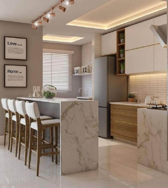 Bancada de mármore para decoração de cozinha planejada