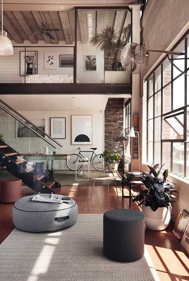 casa conceito aberto moderna decorada com puff preto Foto Home Fashion Trend