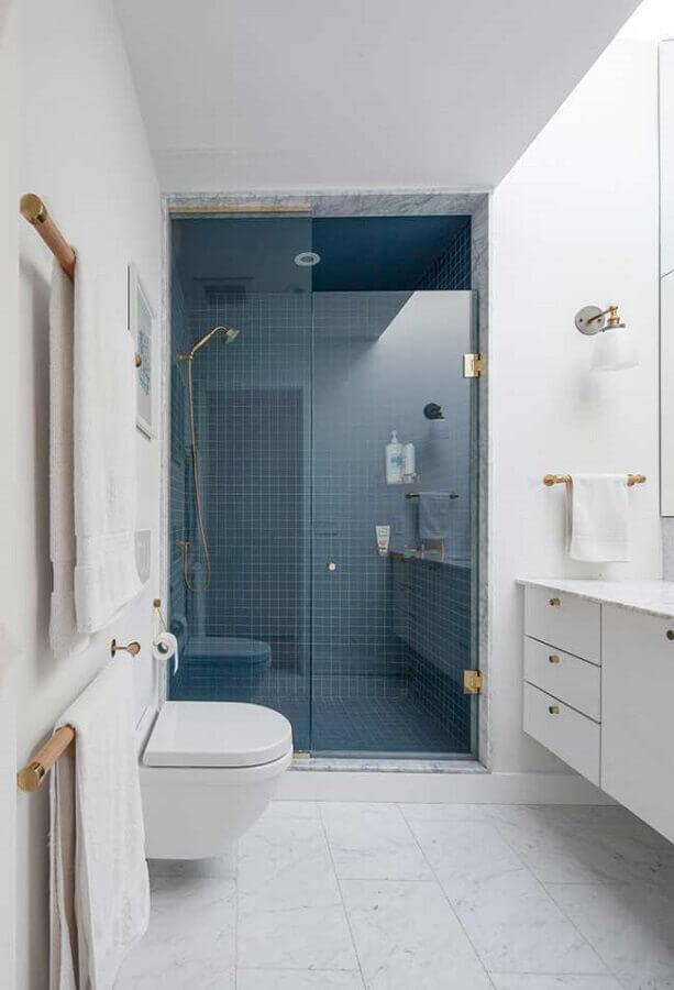 decoração clean para banheiro azul e branco Foto Casa de Valentina