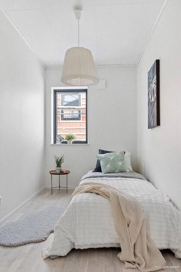 Decoração minimalista para quarto feminino pequeno