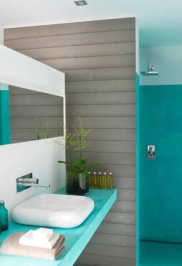 decoração moderna de banheiro azul turquesa e cinza Foto Histórias de Casa