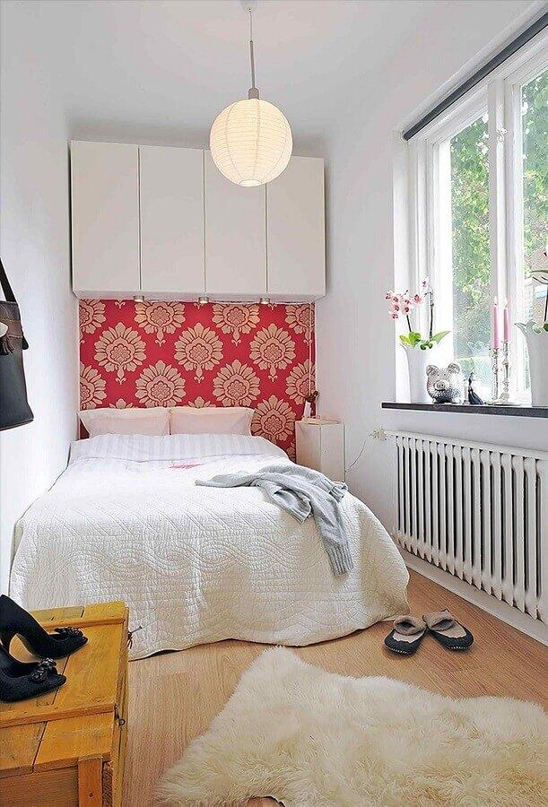 Decoração simples para quarto feminino pequeno