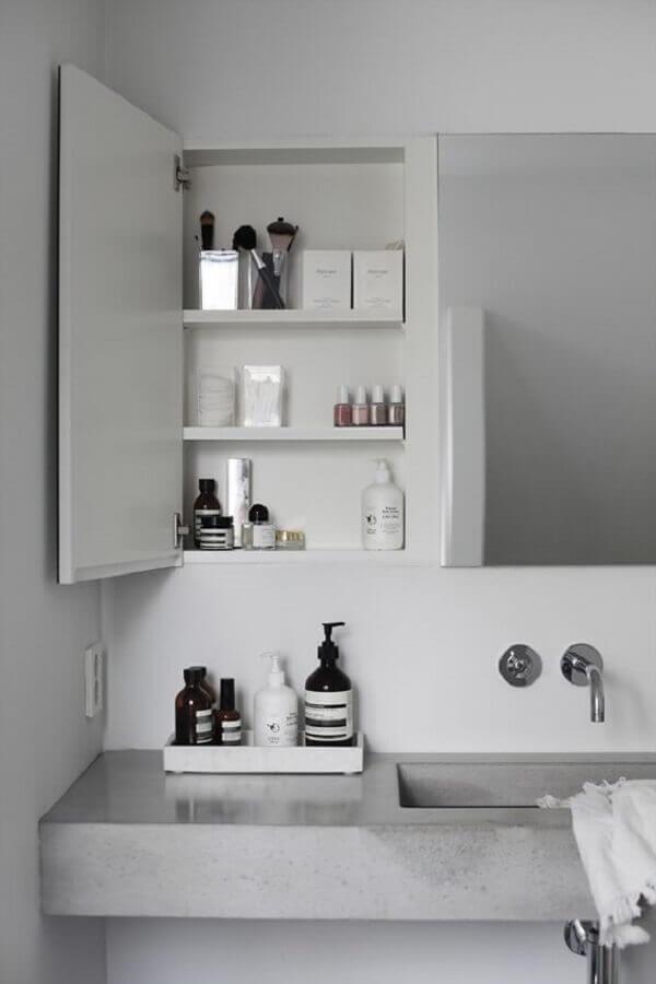 Espelheira para banheiro com prateleira