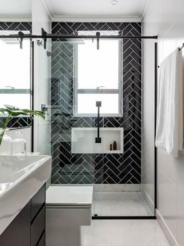 Ideias de azulejos para banheiro preto e branco decorado