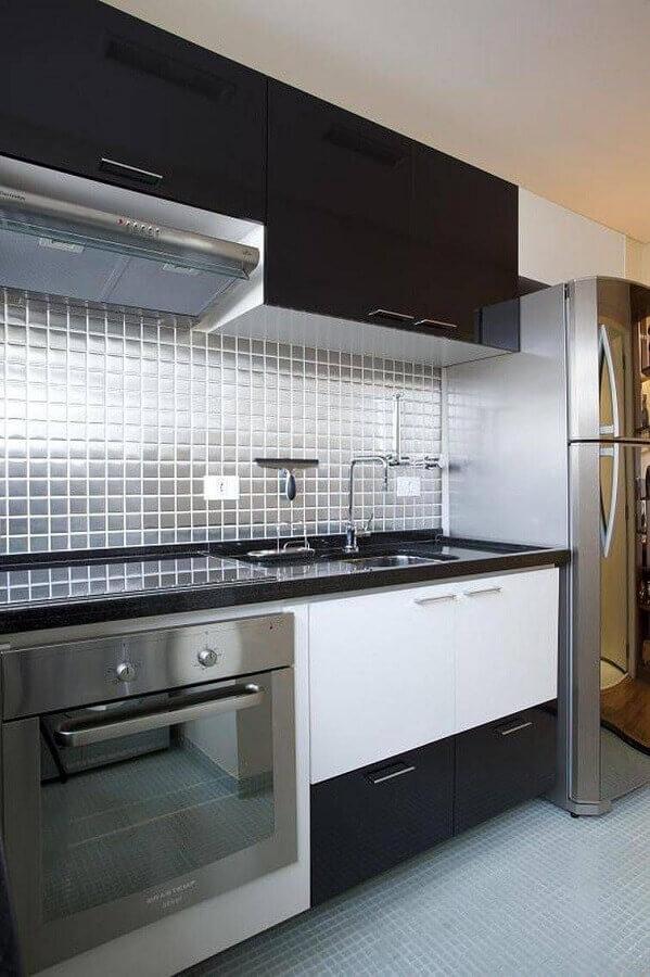 Ideias de azulejos para cozinha decorada preto e branco