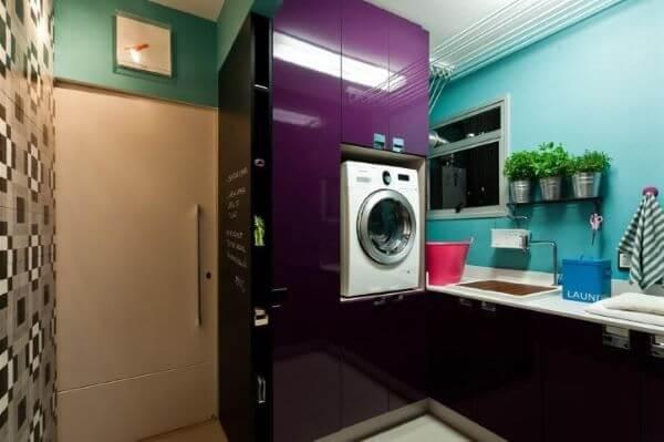 Lavanderia simples colorida