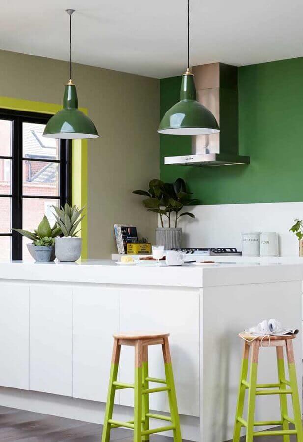 Paleta de cores verde para decoração de cozinha gourmet